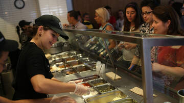 #iHeartPhoenix - Chipotle Employees Can Earn Degree From University Of Arizona Tuition-Free
