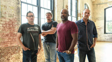iHeartRadio Music News - Hootie & the Blowfish Shares Chris Stapleton Co-Written Song 'Hold On'