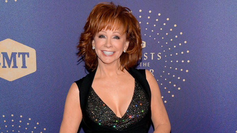 Reba Joins Celebs To Support LGBTQ Youth on Spirit Day