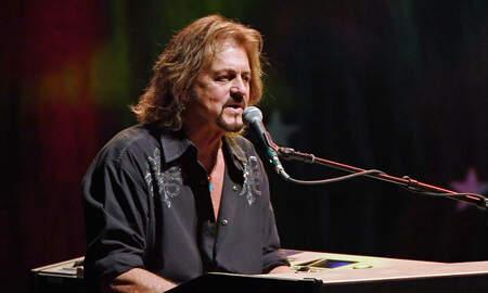 Rock News - Santana, Journey Co-Founder Gregg Rolie Releases New Album