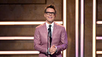 Bobby Bones - Bobby Talks Presenting At CMTAOTY Event, Meeting Big Bang Theory Actor