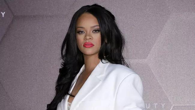 Rihanna Is Beaming Confidence In Slow-Motion Bikini Instagram Video