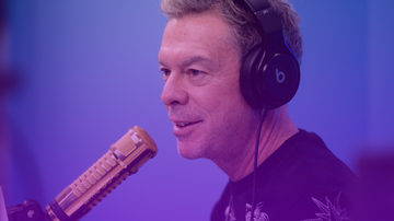 Trending - Spirit Day 2019: Elvis Duran Delivers Words Of Wisdom To LGBTQ Youth