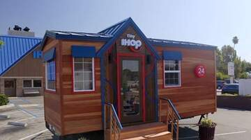 Suzette - IHOP Opened A Tiny House Of Pancakes And They're Serving Dinner For Free