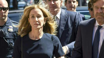 Entertainment News - Felicity Huffman Pictured In Prison Jumpsuit During Family Visit
