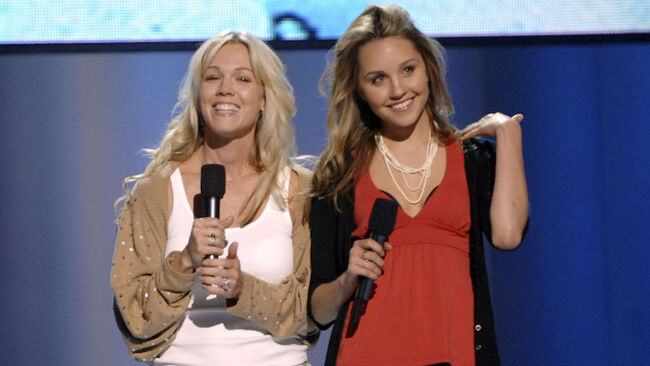 Jennie Garth Wants To Reboot 'What I Like About You' With Amanda Bynes