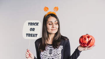 Kristin Lessard & Steve Kelly  - Should There Be An Age Limit On Trick Or Treating?