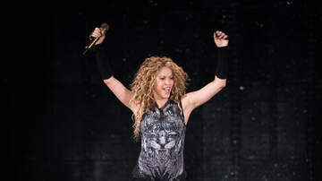 Brady - Shakira Successfully Covers Green Day Song