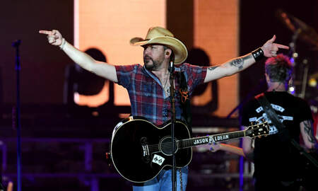 None - Jason Aldean Performs First Vegas Concert Since the Route 91 Shooting