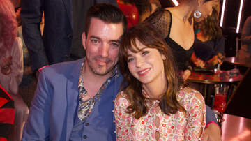 iHeartRadio Music News - Zooey Deschanel & Jonathan Scott Are Instagram Official: See The Cute Pic
