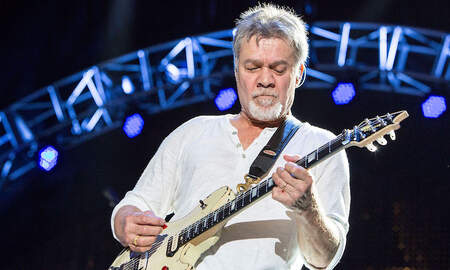 Rock News - Tool Fan Unknowingly Asks Eddie Van Halen To Take His Photo