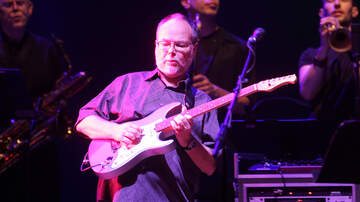 Ken Dashow - Steely Dan Co-Founder Walter Becker's Estate Auction Earns $3.3 Million
