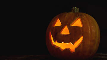 The Boxer Show - Randoms-Petition To Get Halloween changed, Hallmark Countdown to Xmas is On