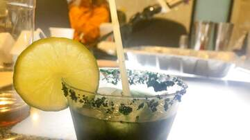 Elvis Duran - How To Make A 'Wicked Halloween Margarita'