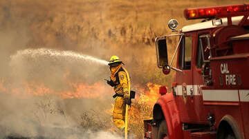KOGO LOCAL NEWS - Forward Rate of Speed Stopped on Brush Fire in East Ramona