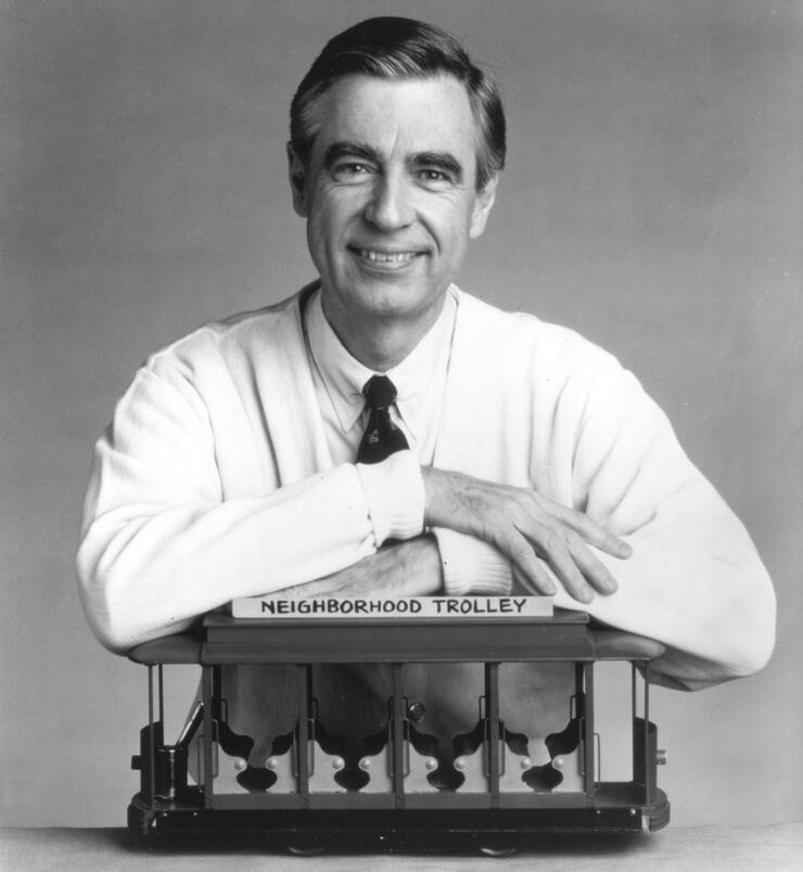 "FILE PHOTO  Fred ""Mister"" Rogers Dead At 74"