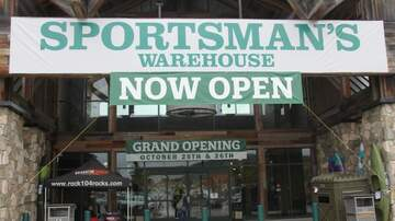 Photos - Live at the the Sportsman's Warehouse, with Josh Michael!