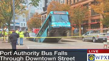 Reading and Harrisburg Breaking News - Pittsburgh City Bus Swallowed By Sinkhole - Watch LIVE VIDEO Now!