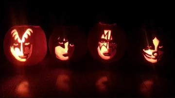 Sixx Sense - 25 Rock Themed Pumpkins For Halloween