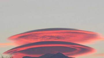 Ted McKay - Lenticular clouds over Mt Rainier in Washington State