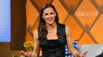 iHeartRadio Podcasts - Jennifer Garner Talks Fame, Food, And Fearlessness On Next Question