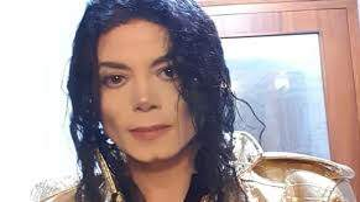 Maverik - WTH??? Michael Jackson Impersonator Looks EXACTLY Like Him!!!