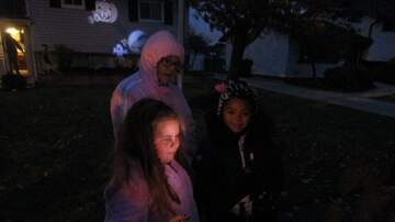 Photos - KISS FM with BA Sweeties for Trick or Treat in Brook Park