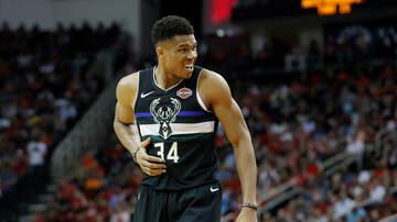 Bucks - Bucks dominate Magic 123-91