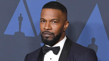 Entertainment - Jamie Foxx Sparks Romance Rumors With Model After Katie Holmes Split