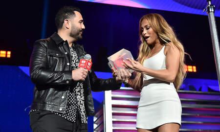 Entérate Primero - Jennifer Lopez se divirtió un montón en el 2019 iHeartRadio Fiesta Latina