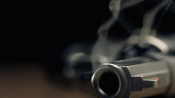 Doc - Colorado Homeowner Shoots Intruder After Telling Him He Has a Gun