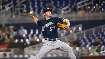 Brewers - Brewers trade Chase Anderson to Blue Jays