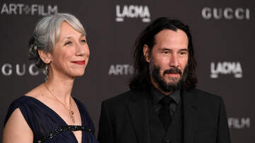 Shannon's Dirty on the :30 - Keanu Reeves Went Public With First GF in Decades!
