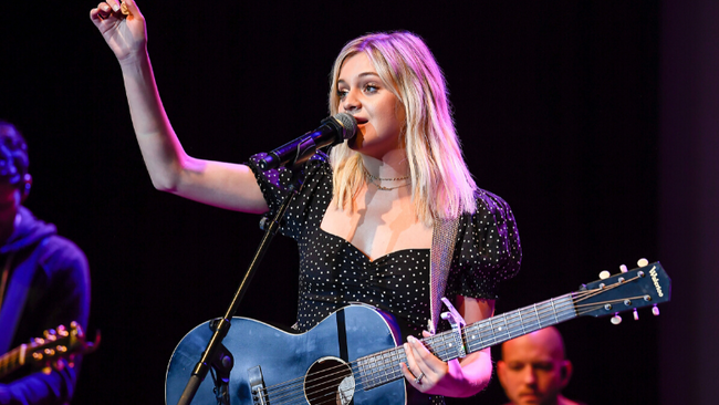 Kelsea Ballerini Says She Doesn't Want To Go To The Club In New Song Teaser