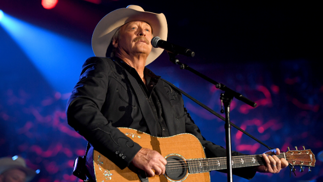 Alan Jackson Announces 2020 Headlining Tour