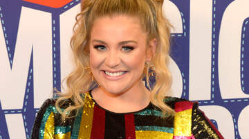 Photos - Lauren Alaina's Punniest Moments On Instagram