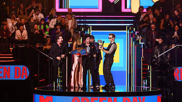 ALTlanta - Green Day Wins BEST ROCK at MTV Music Awards