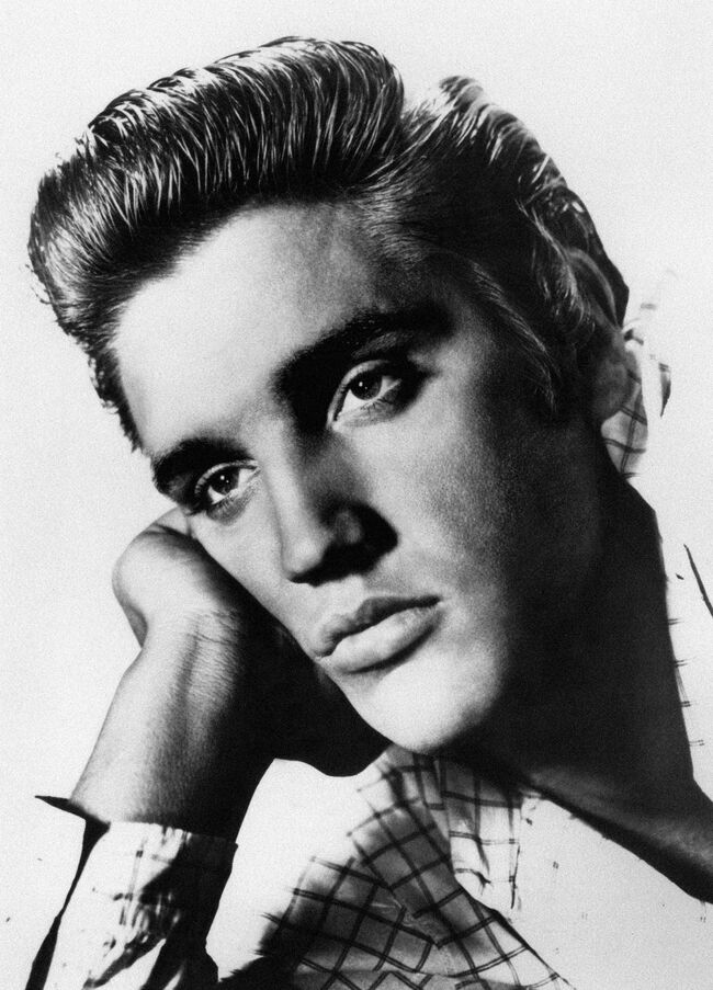 Undated picture of US rock star Elvis Pr