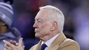 Thor - Does Jerry Jones clap like a serial killer??! This video says yes!