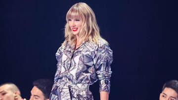 Trending - Watch Taylor Swift Perform 3 'Lover' Songs During Shanghai Mini Concert