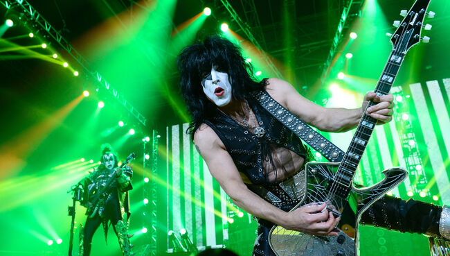 KISS Postpones Start Of Tour, Cancels Show Due To Paul Stanley's Illness