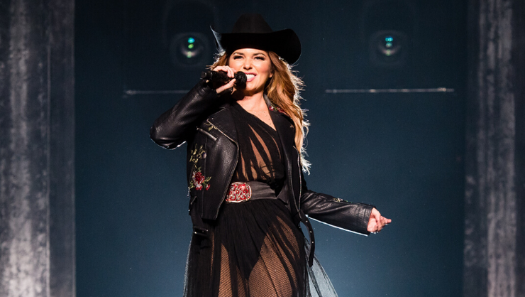 Shania Twain To Perform Her Greatest Hits At 2019 American Music Awards