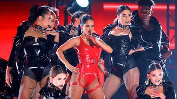 Fabiola - Becky G ganó The Latin Artist of 2019 en los  PCAs