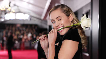 Paul Kelley - Miley Cyrus Undergoes Vocal Cord Surgery, Needs to Remain Silent for Weeks