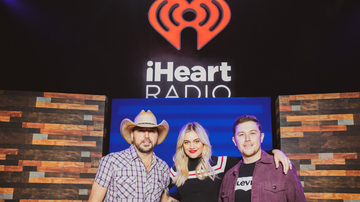 iHeartRadio Live - Jason Aldean And More Play Veterans Day Show To Honor Our Military Heroes