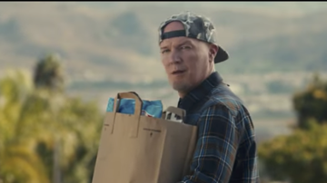 Deuce - Fred Durst In New Commercial Poking Fun at Limp Bizkit's Nookie
