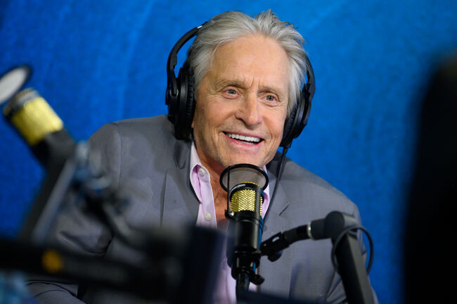 Ryan Seacrest Tells Michael Douglas Epic Fan 'Fright' Story 20 Years Later