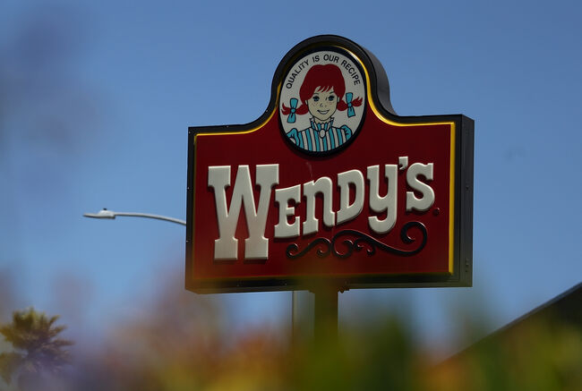 Wendy's Reports Slide In Earnings