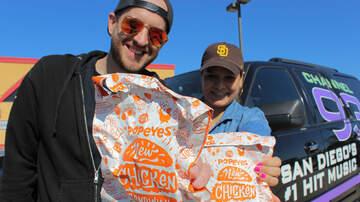 Kramer and Geena Mornings - We Gave Away FREE Popeyes Chicken Sandwiches!
