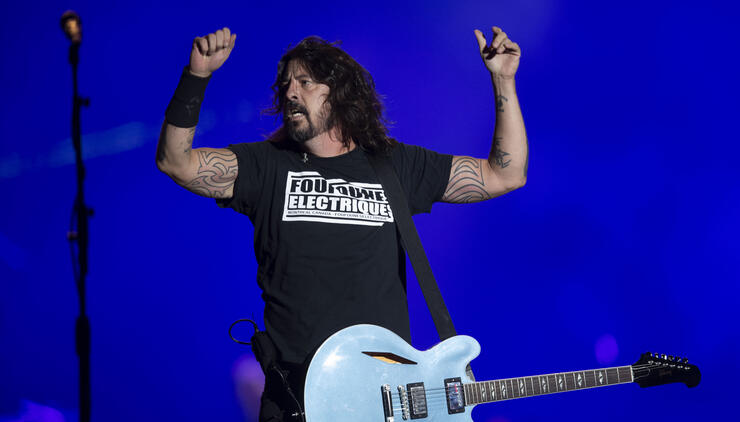 """Upcoming Foo Fighters Material Is """"F---ing Weird,"""" According To Dave Grohl 